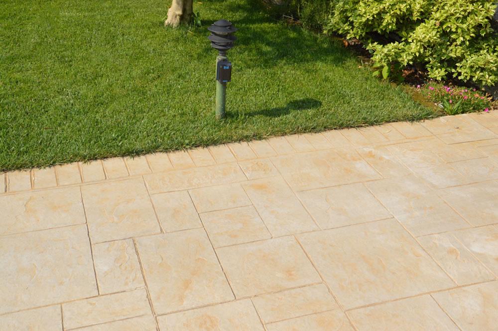 Realizzazioni pavimento stampato - Pavimento esterno cemento prezzi ...