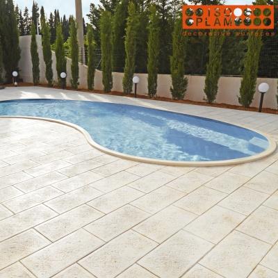Pavimento stampato bordo piscina