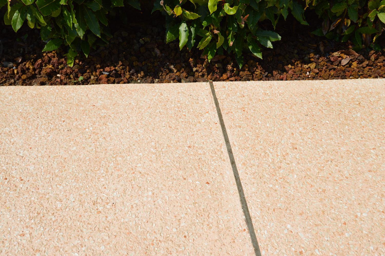 Realizzazioni dei giunti di dilatazione per pavimenti
