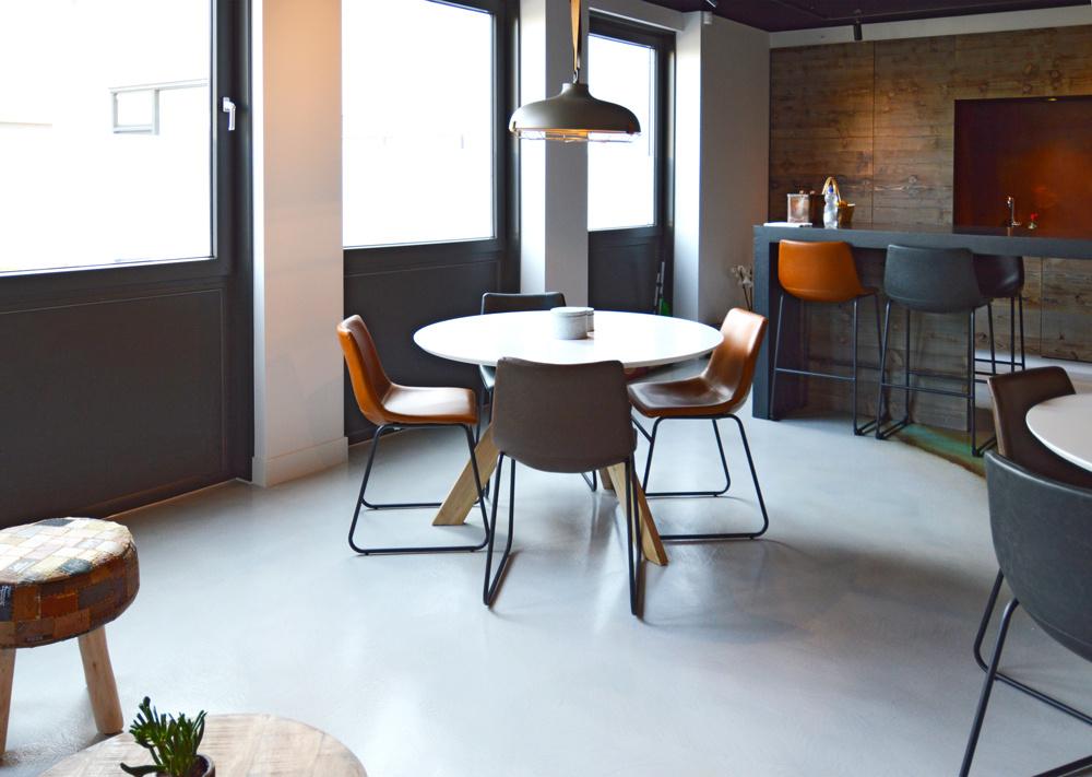 Pavimenti In Cemento Resina : Anco pavimenti in resina per camere soggiorni e saloni