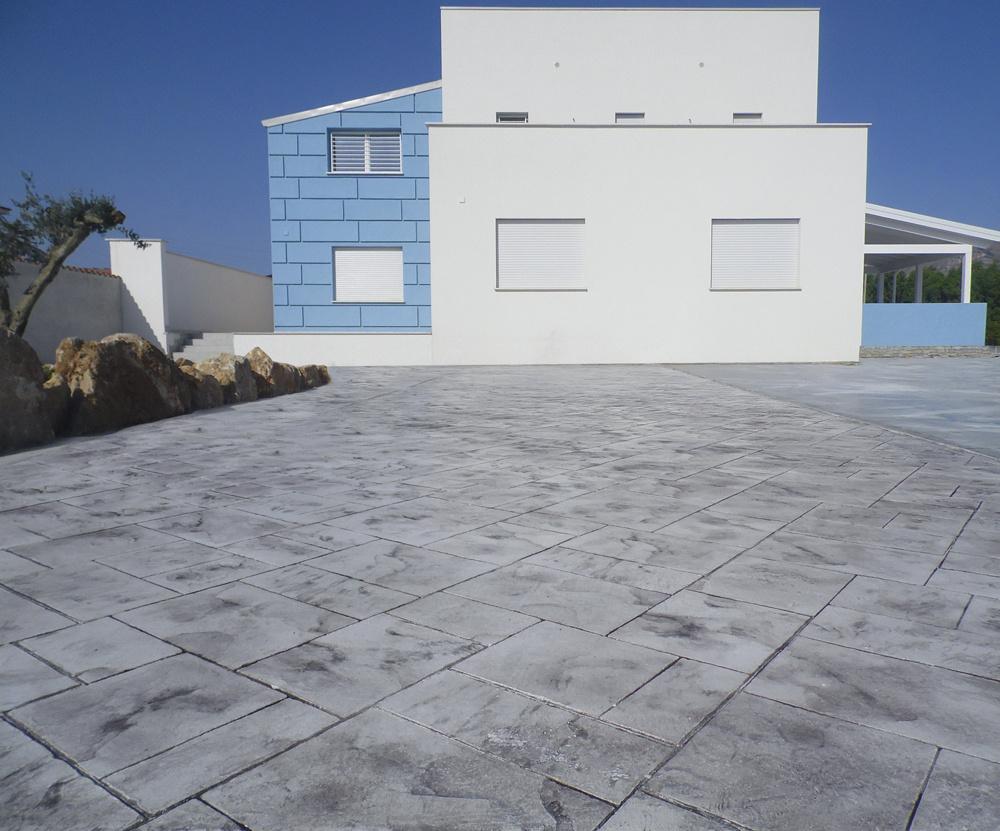 Pavimentazione giardino - Resina pavimento esterno ...