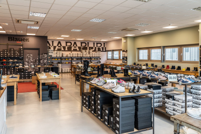 Febos magasins de chaussures - Maser (TV), Italie